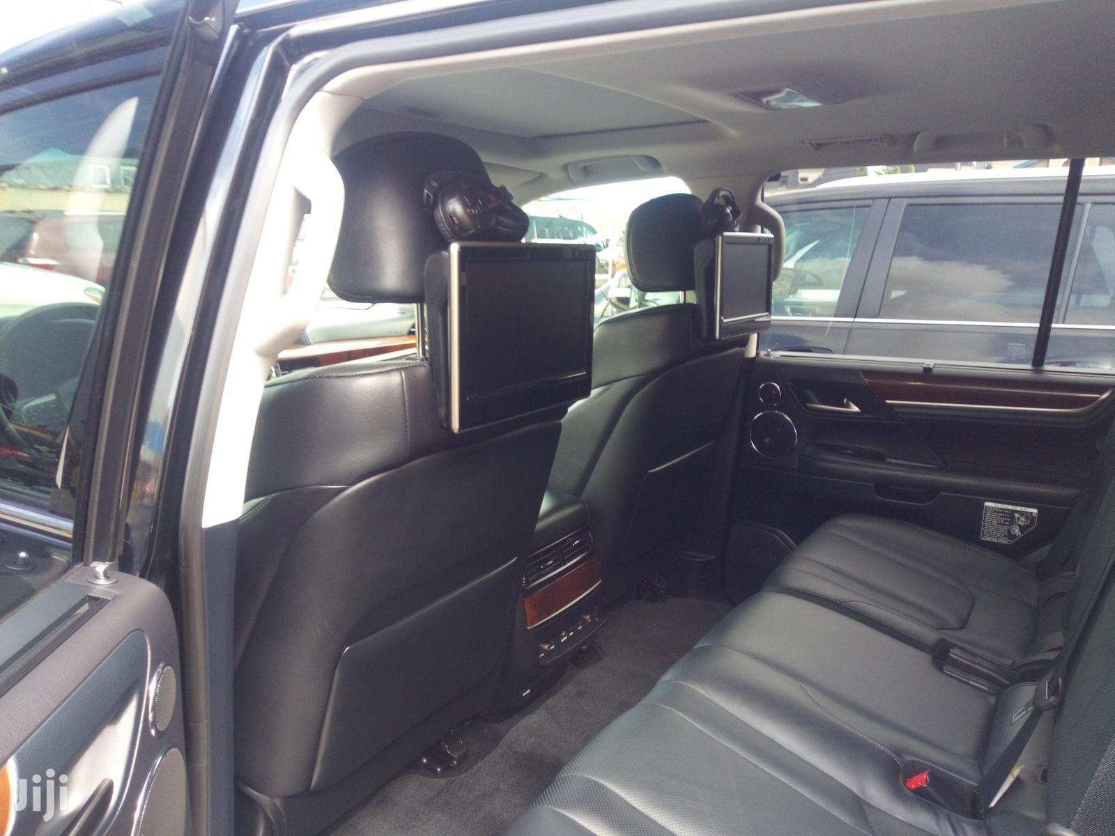 Archive: Lexus LX 2016 Black