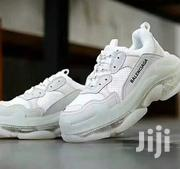 Balenciaga Mens White Sneakers.   Shoes for sale in Lagos State, Surulere
