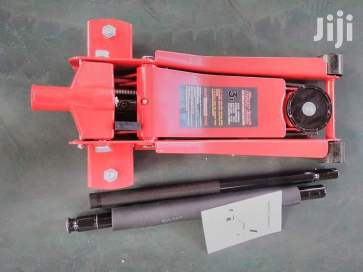 3ton Floor Jack | Vehicle Parts & Accessories for sale in Lagos Island (Eko), Lagos State, Nigeria