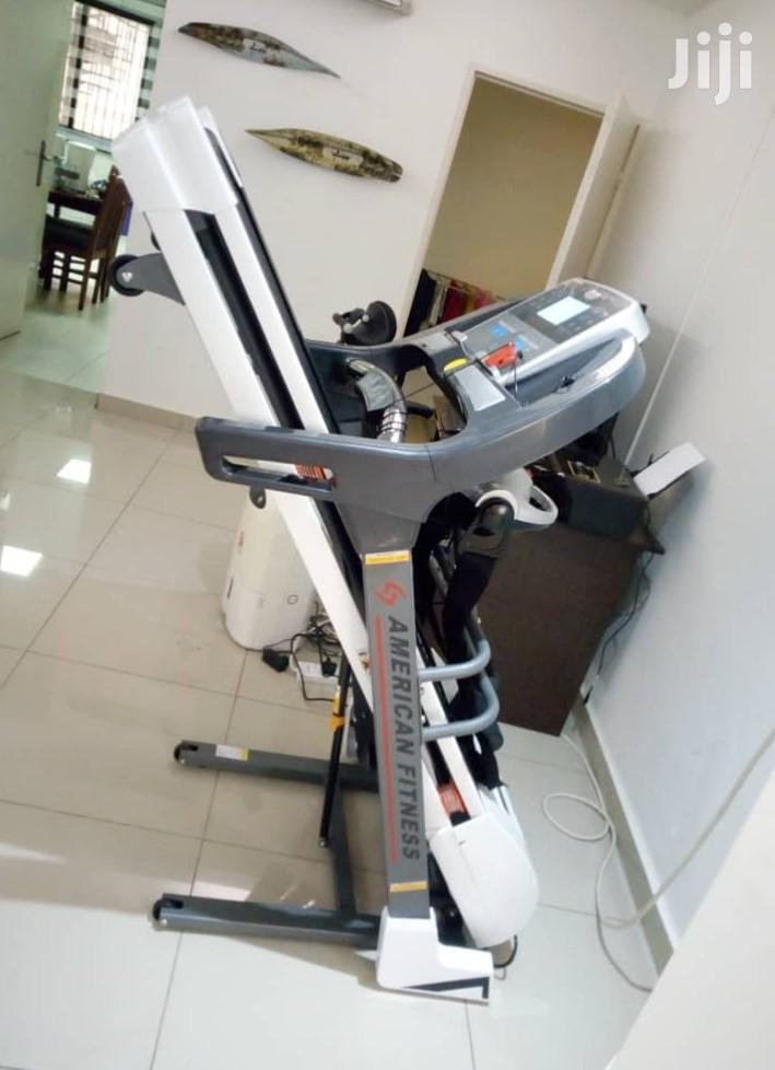 American Fitness Smooth Treadmill