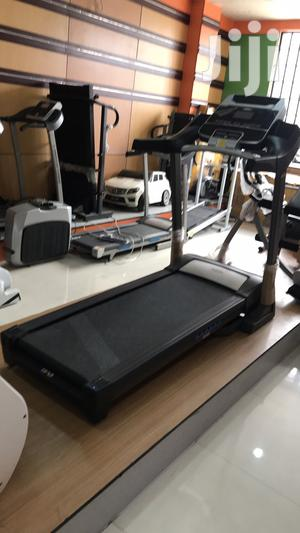 Treadmill 3hp   Sports Equipment for sale in Abuja (FCT) State, Abaji
