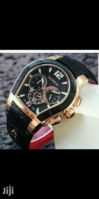 préstamo Rápido fiesta  Aigner Chronograph Rose Gold/Black Leather Strap Watch in Lagos Island  (Eko) - Watches, Okrash G Ventures | Jiji.ng for sale in Lagos Island (Eko)  | Buy Watches from Okrash G Ventures on