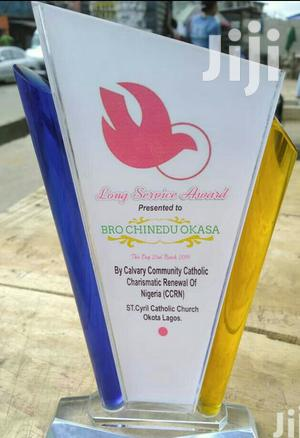 Crystal Glass Award With Printing   Arts & Crafts for sale in Lagos State, Agege