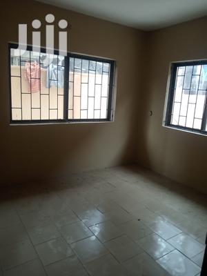3 Bedroom Flat | Houses & Apartments For Rent for sale in Lagos State, Surulere