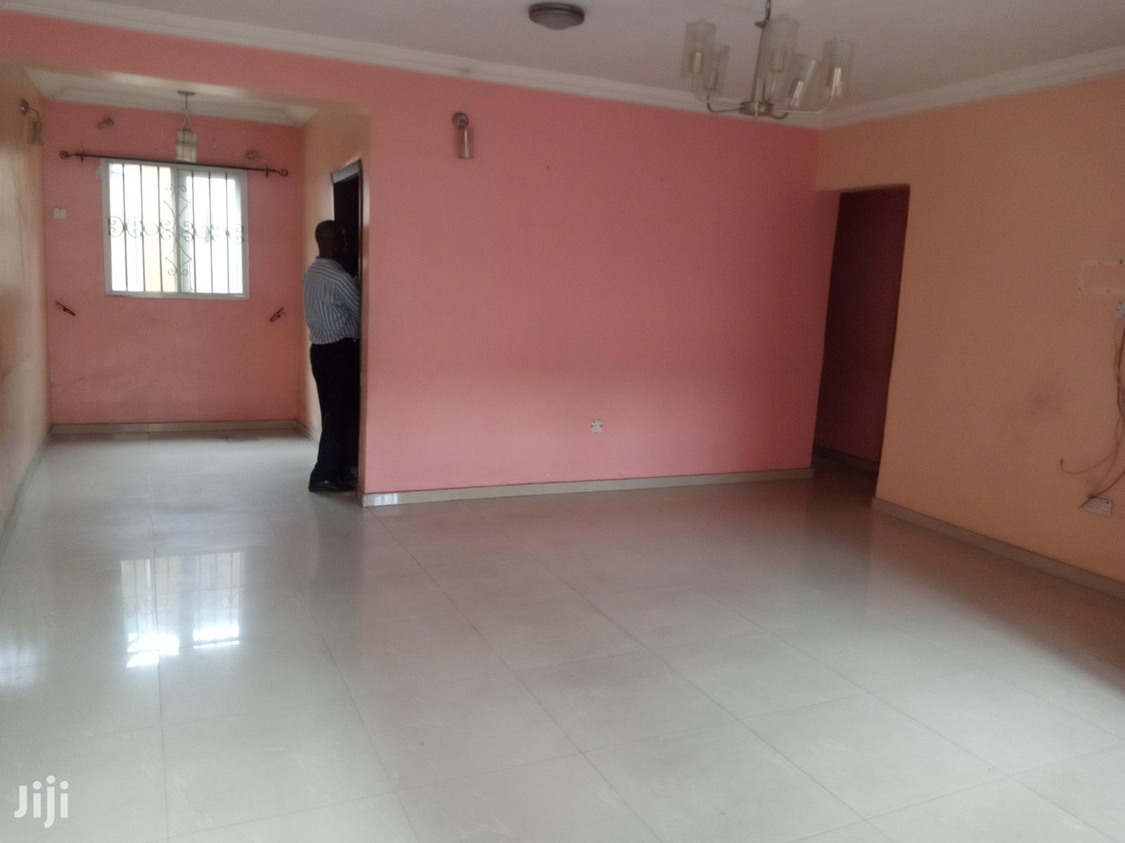 3 Bedroom Flat | Houses & Apartments For Rent for sale in Surulere, Lagos State, Nigeria