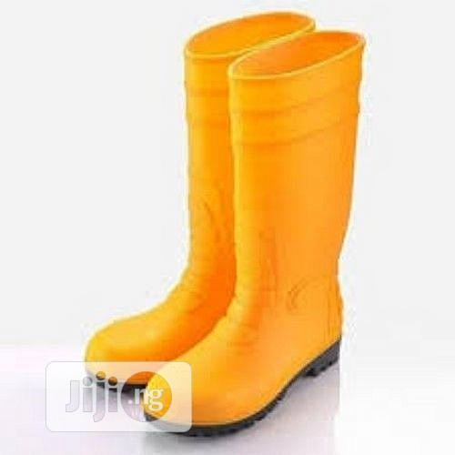 Safety Rain Boots: Yellow