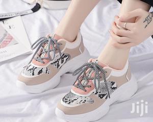 Ladies Fashion Sneakers in Surulere