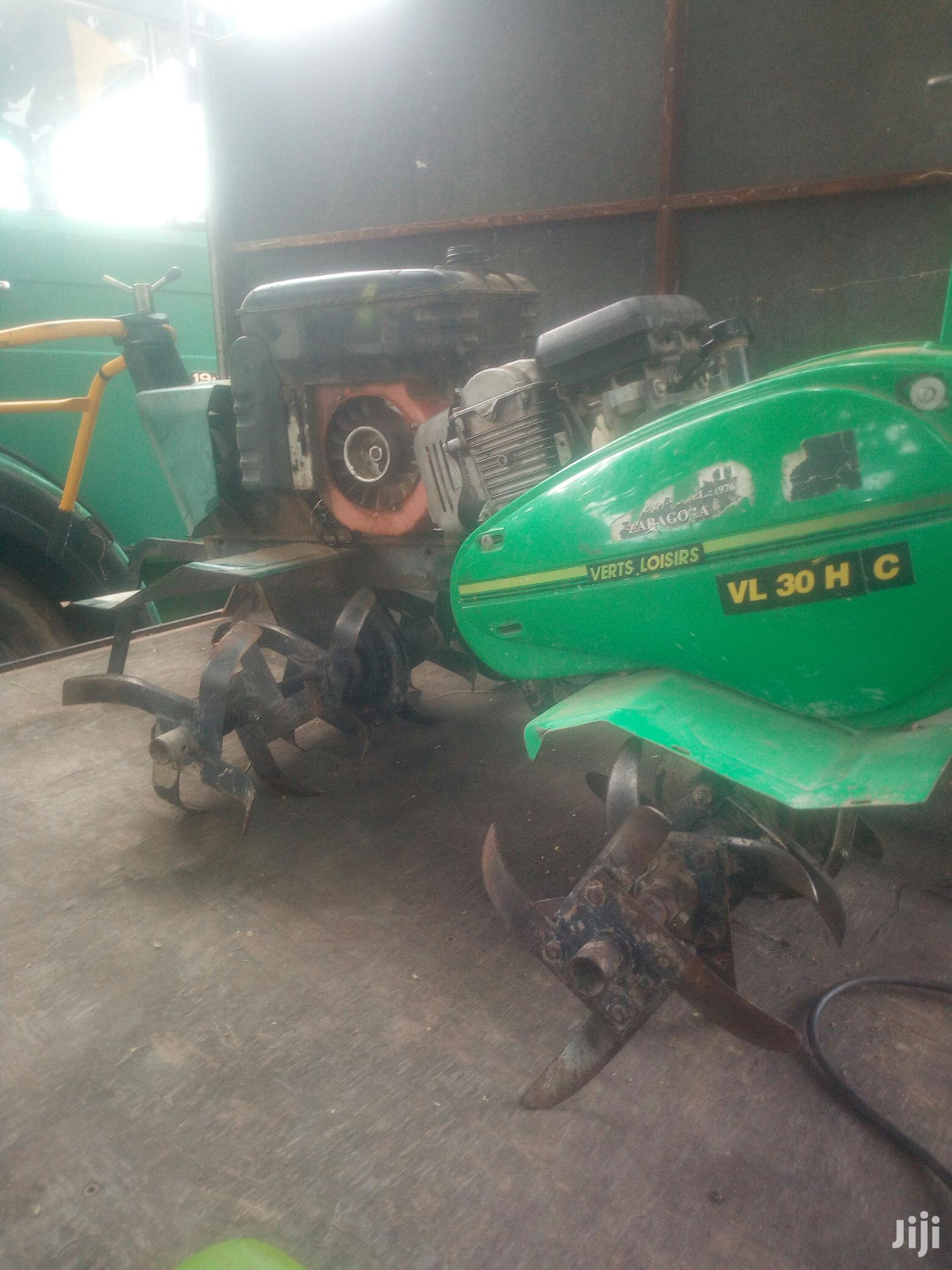 Manual Tractor For Agricultural Regs,