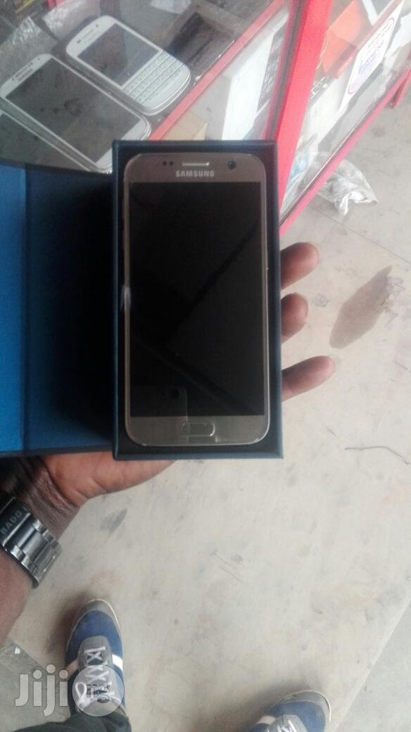Samsung Galaxy S7 32 GB Gold