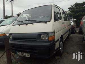 Toyota Hiace 2000 Model White Colour Sharp And Clean   Buses & Microbuses for sale in Lagos State, Apapa
