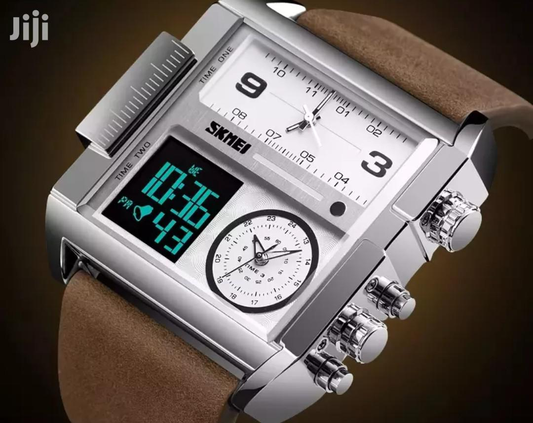 SKMEI Elegant 6.11 Designer's 3 Time Zone Wrist Watch