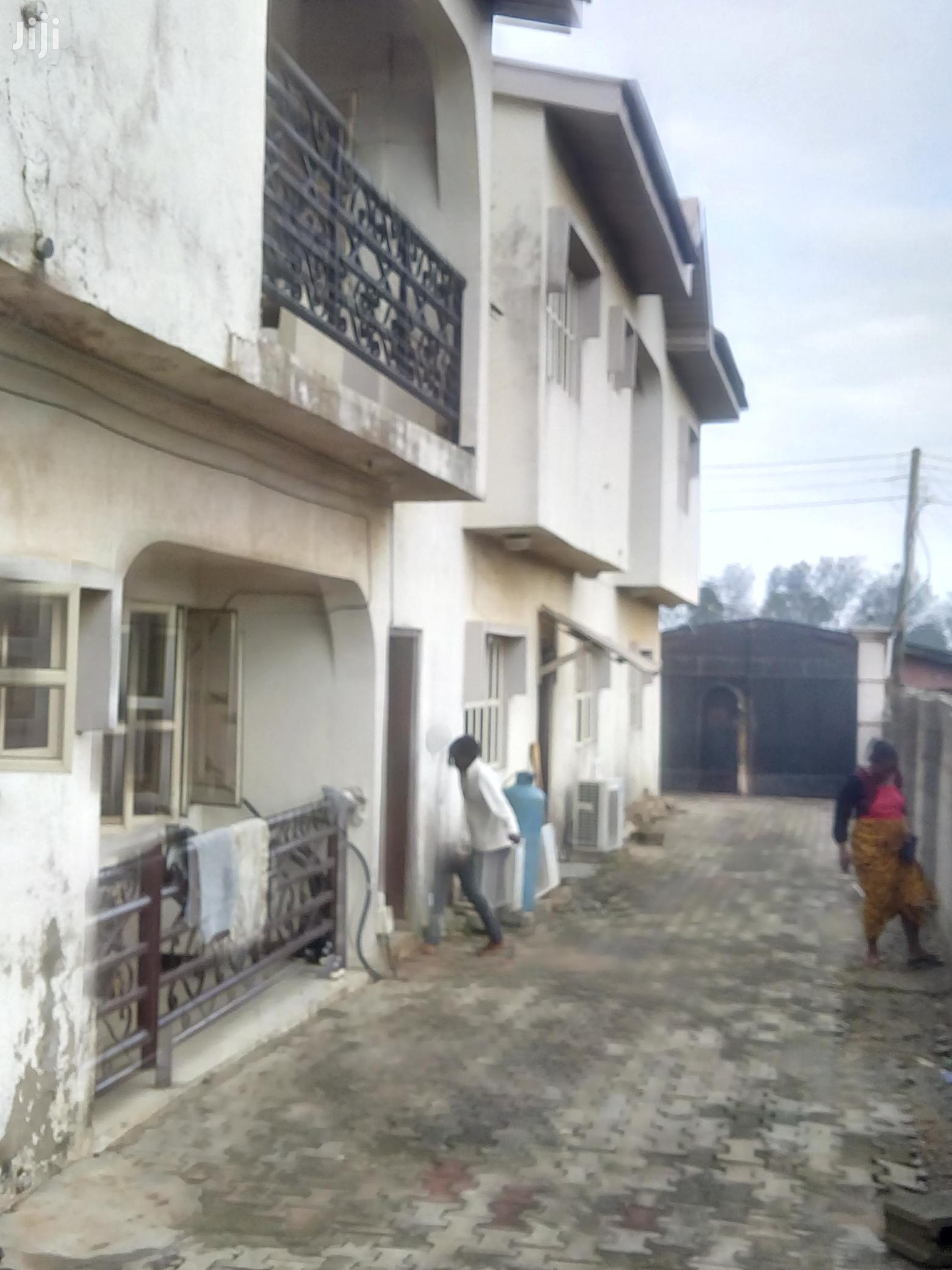 Neat & Spacious 6 Bedroom Duplex House For Sale.