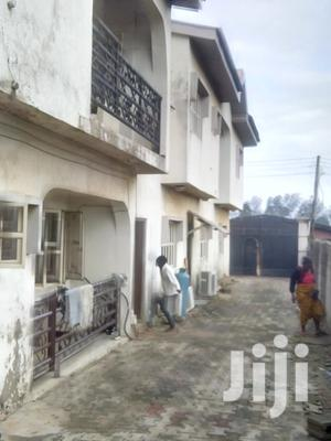Neat & Spacious 6 Bedroom Duplex House For Sale. | Houses & Apartments For Sale for sale in Lagos State, Alimosho