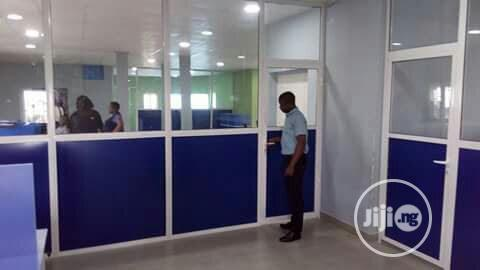 Office Partition With Aluminium