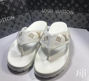 Slippers White in Ikeja - Shoes