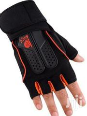 Quality Gym Glove   Sports Equipment for sale in Adamawa State, Yola North