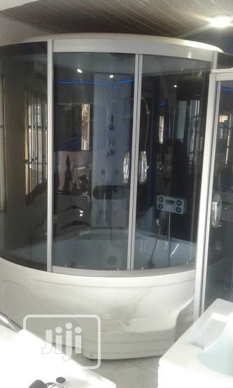 England Standard Master Shower Room Jacuzzi Complete