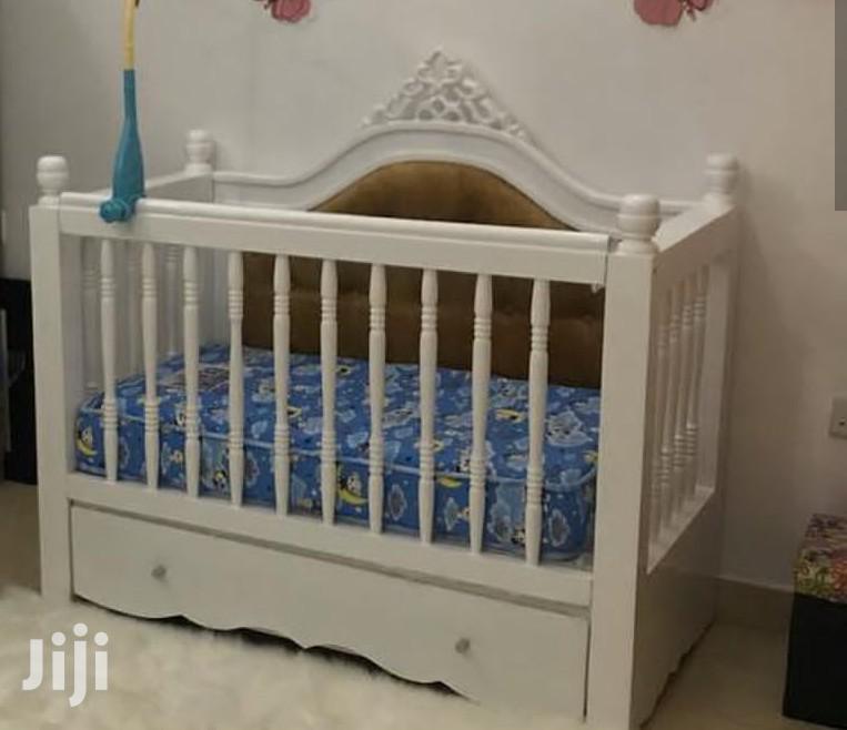 Ruby Baby Crib