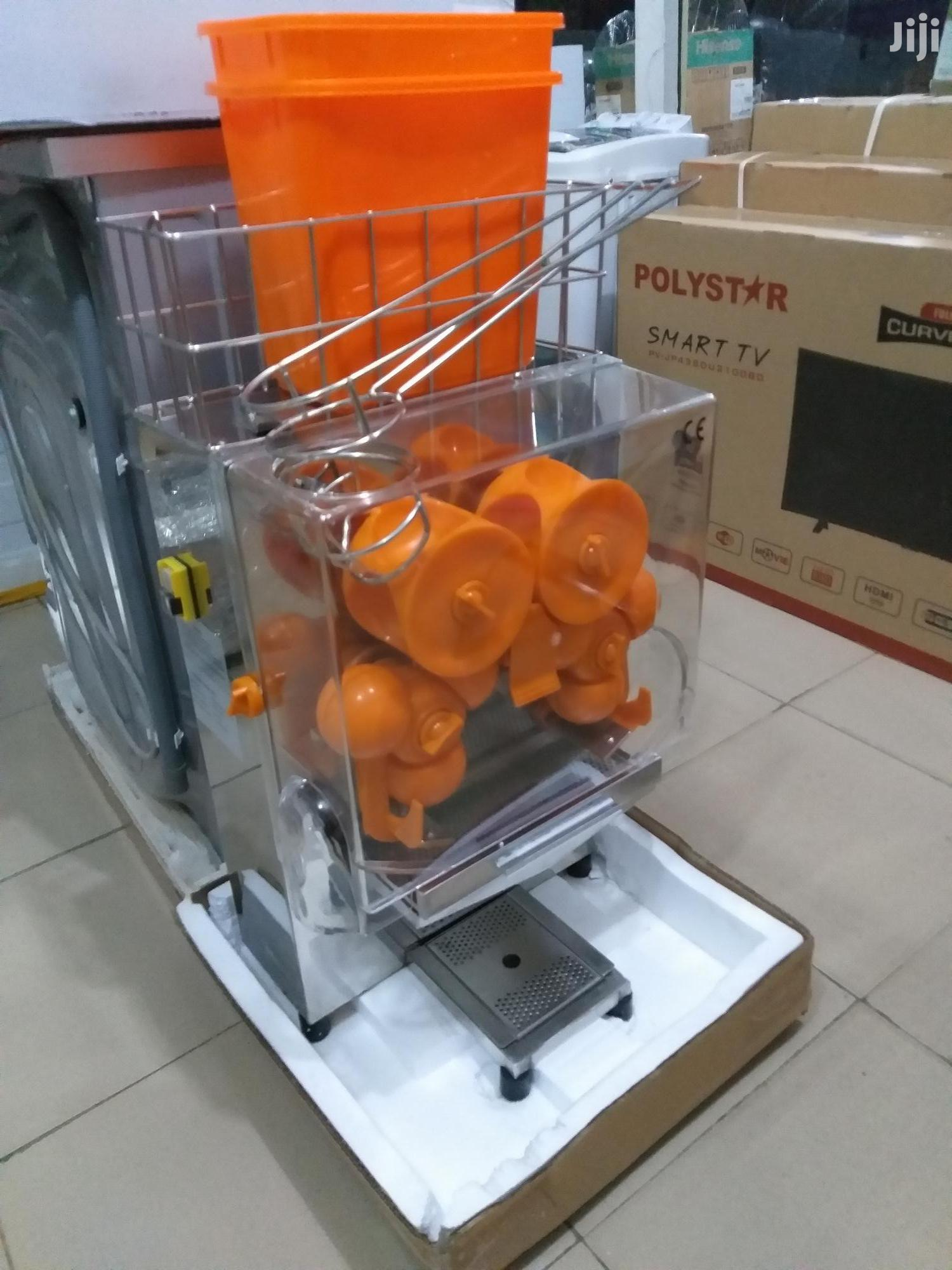 Archive: Automatic Orange Extractor/Juicer
