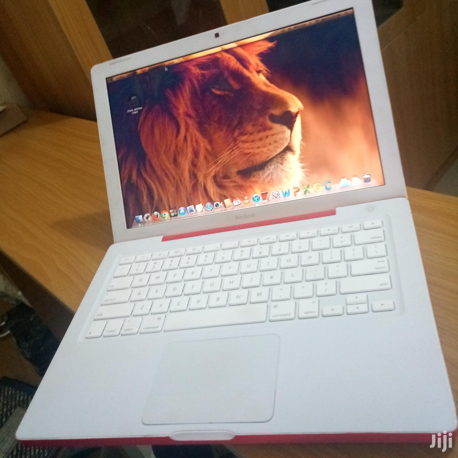 Laptop Apple MacBook 4GB Intel Core 2 Duo HDD 500GB