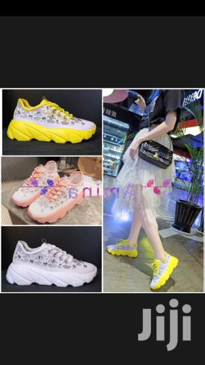 Trending Unisex Sneakers 42   Shoes for sale in Lagos State, Amuwo-Odofin