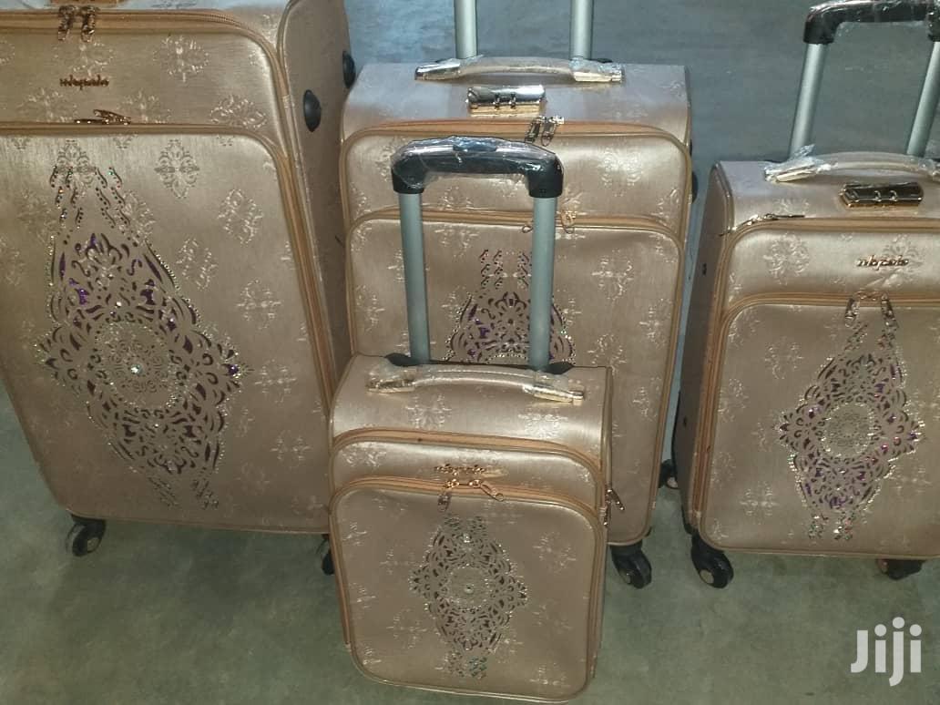 Shiny Travel Set