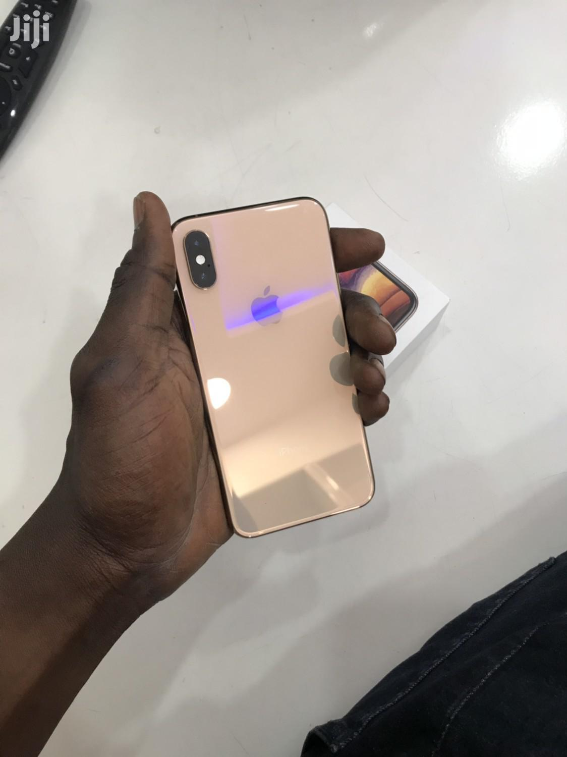 Apple iPhone XS 256 GB Gold   Mobile Phones for sale in Wuse 2, Abuja (FCT) State, Nigeria