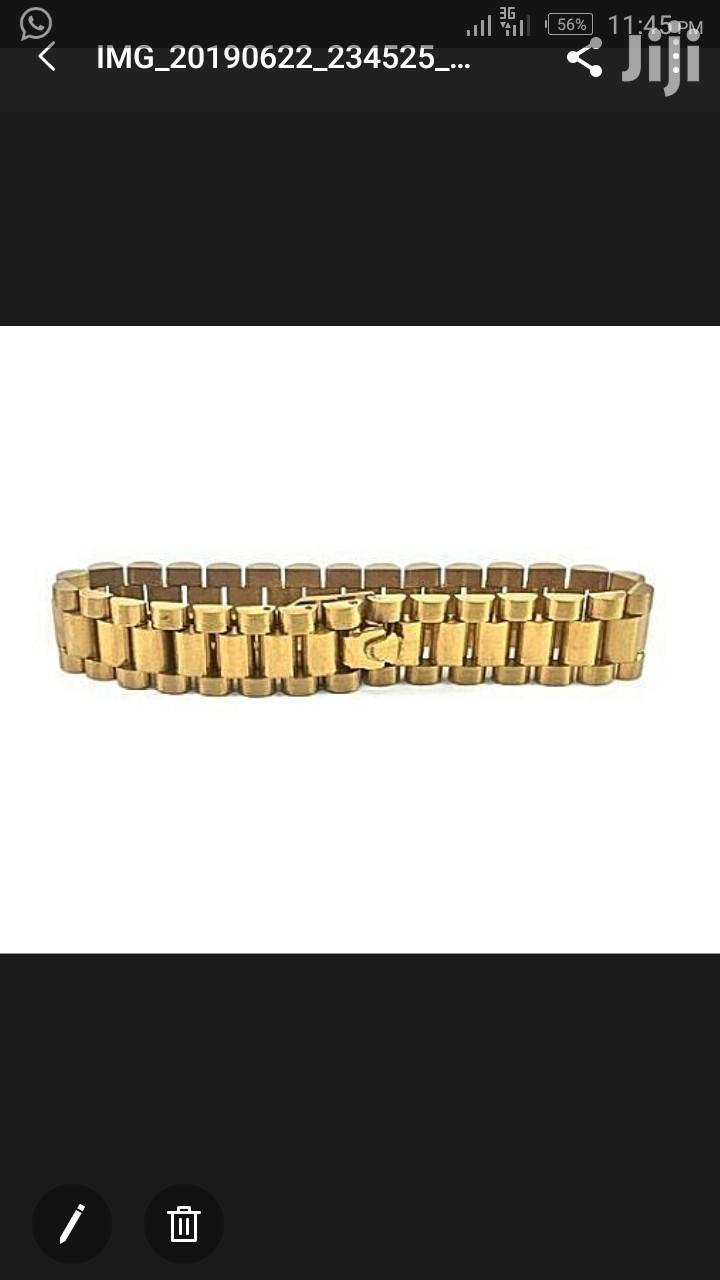 Cuban Hand Chain