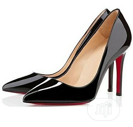 Archive: Forever 21 Pointed Toe Court Shoes Black