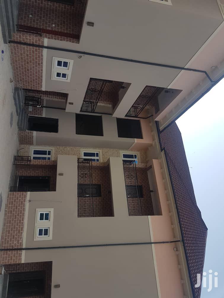 Very Sharp 1bedroom Flat | Houses & Apartments For Rent for sale in Enugu / Enugu, Enugu State, Nigeria