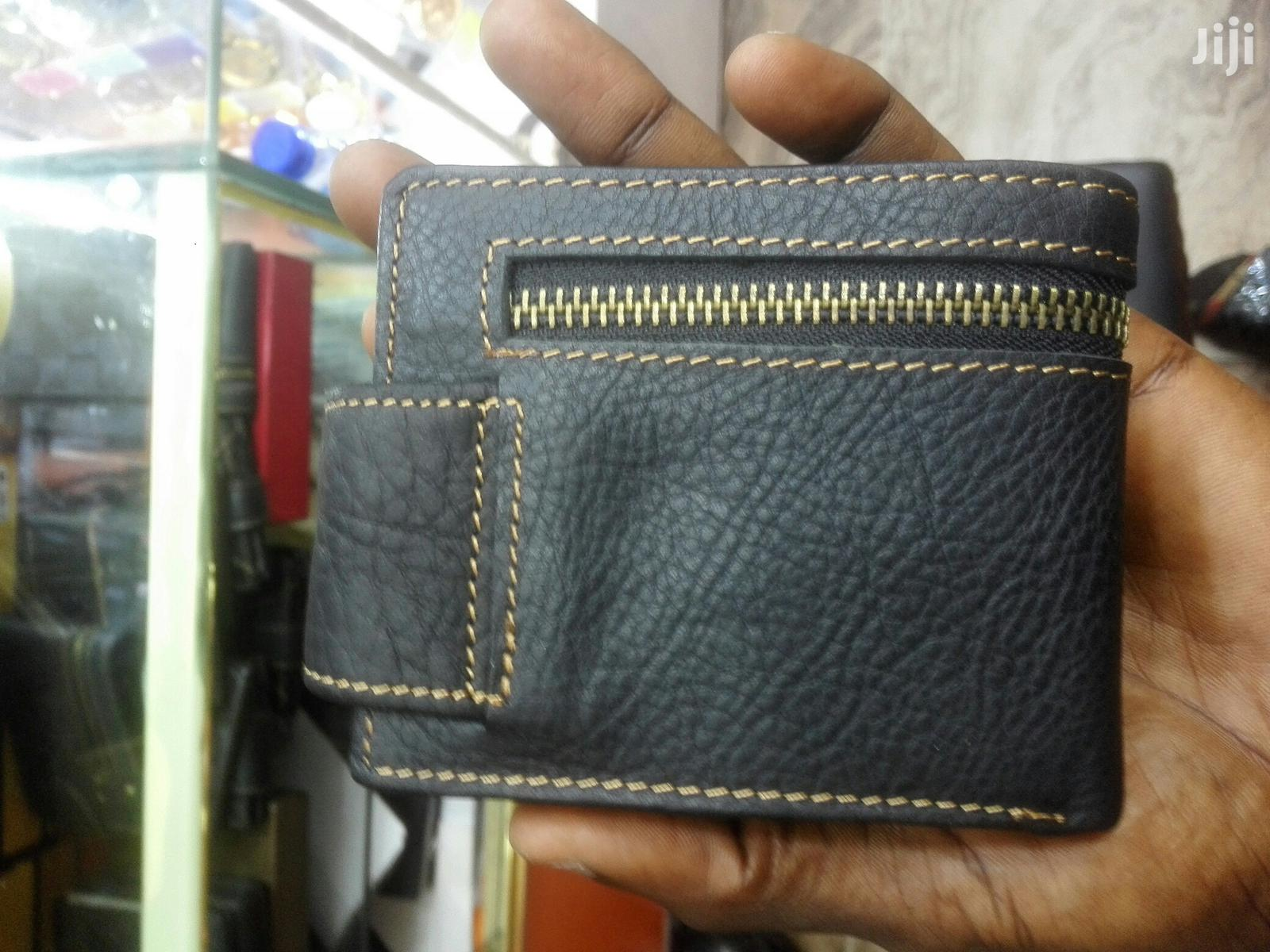 Levi's Designer Pure Leather Wallet
