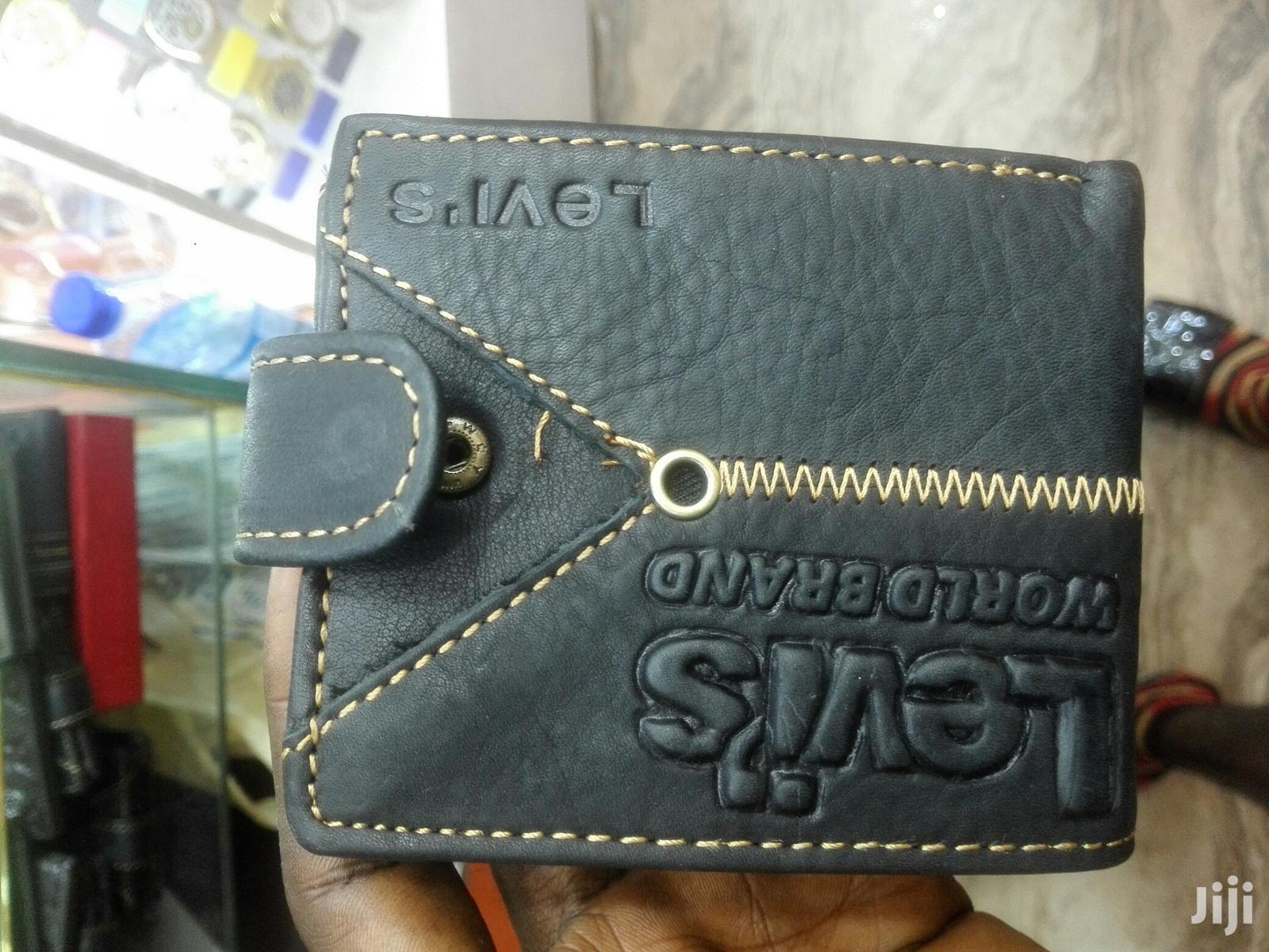 Levi's Designer Pure Leather Wallet | Bags for sale in Lagos Island (Eko), Lagos State, Nigeria
