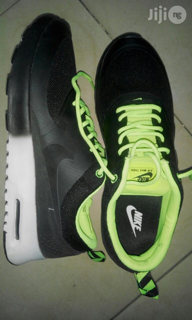 Brand New Imported American Nike Sports Canvas Original