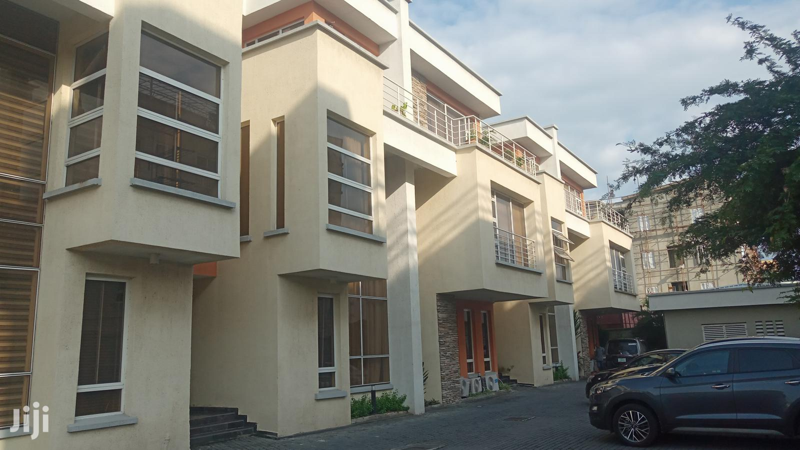 Luxuriously Finished 4 Bedroom Terrace Duplex for Rent in Oniru