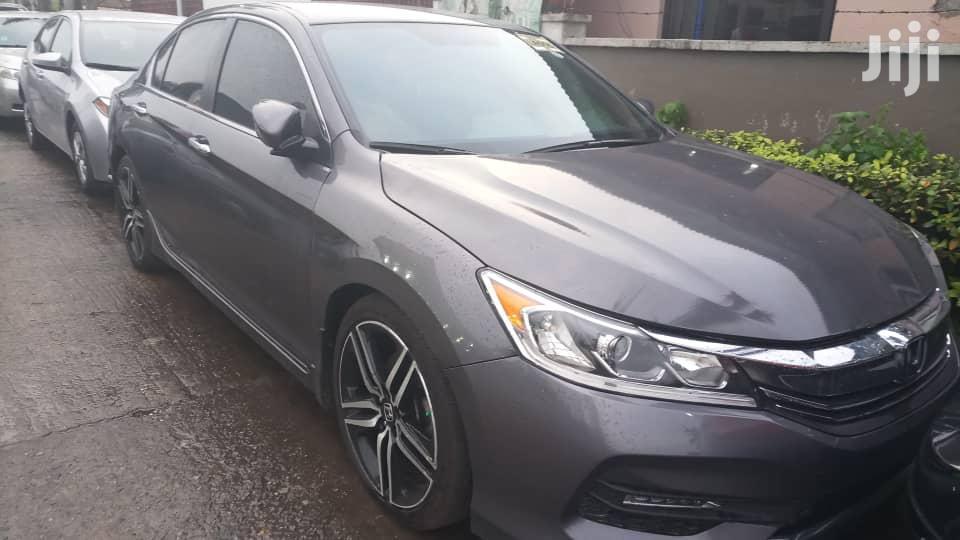 Honda Accord 2017 Gray