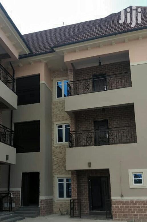 Very Sharp 2bedroom Flat | Houses & Apartments For Rent for sale in Enugu / Enugu, Enugu State, Nigeria