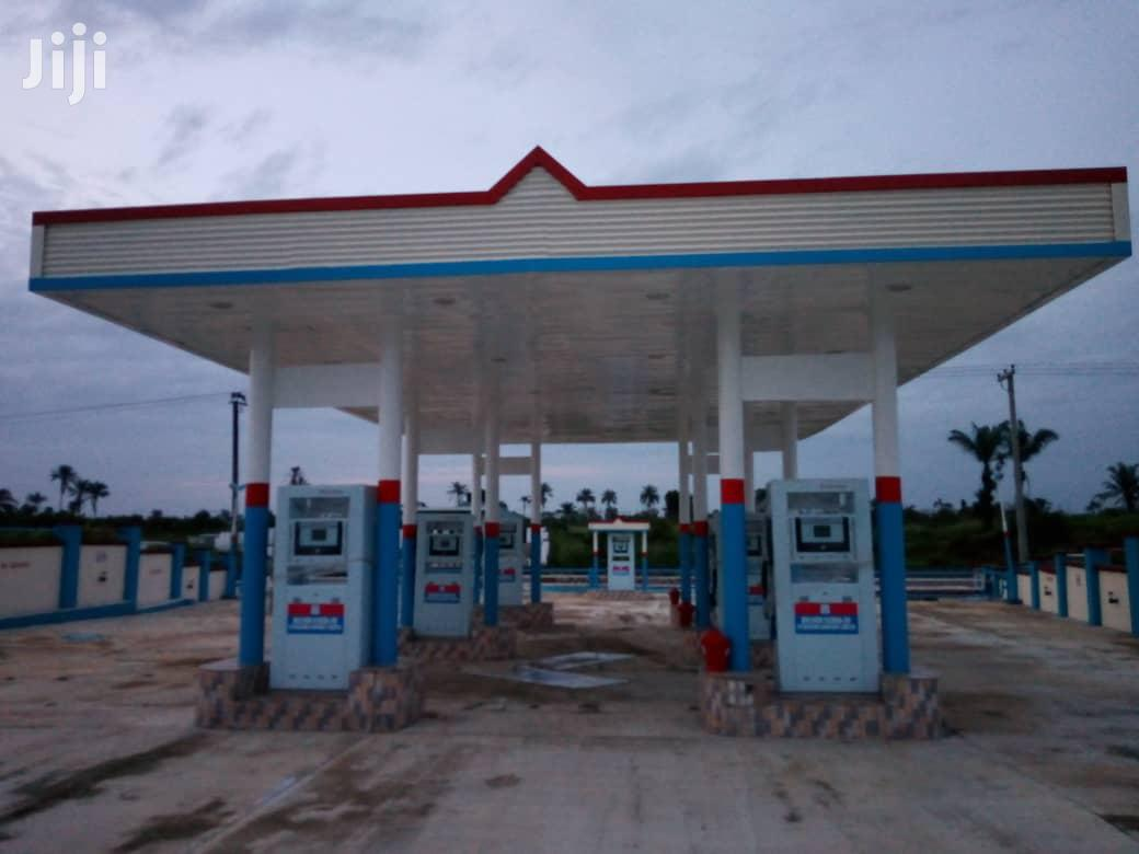 Construct Your Filling Station With Tanks And Canopy