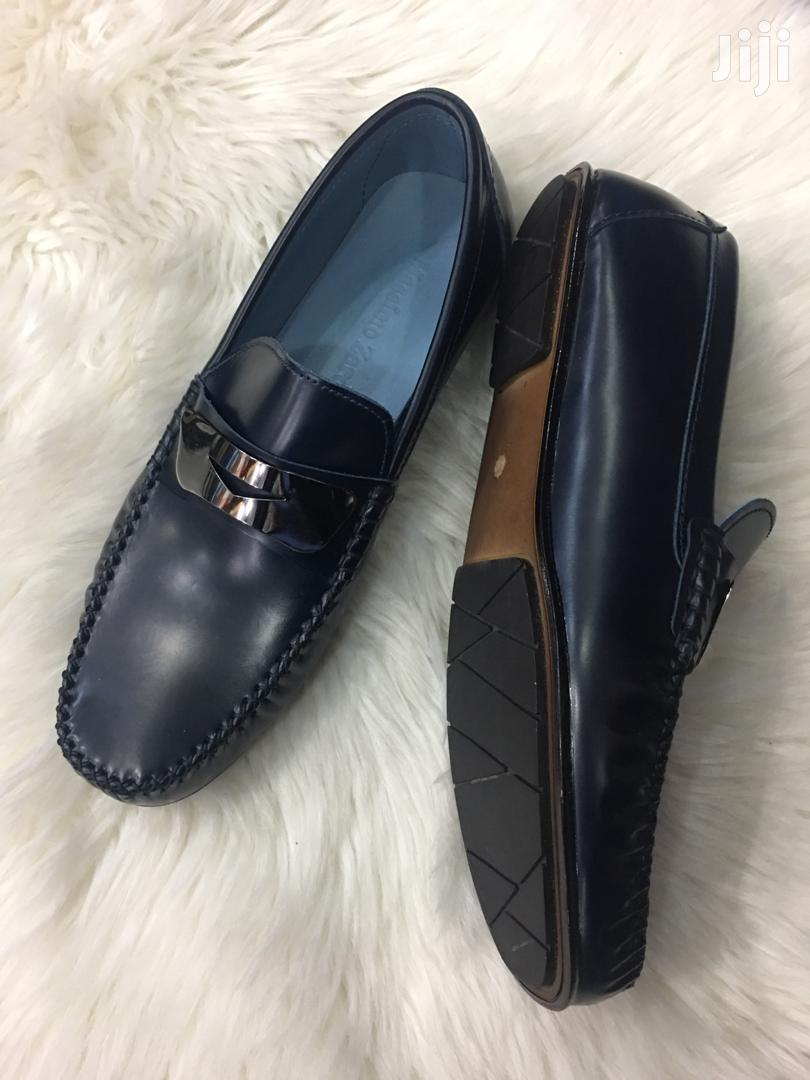 Pure Italian Leather Men Loafers Shoes.