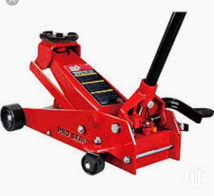 3 Ton Hydraulic Floor Jack | Vehicle Parts & Accessories for sale in Lagos State, Ikeja
