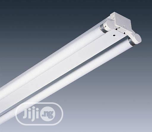 4ft Twin Fluorescent Fitting Powertec Uk