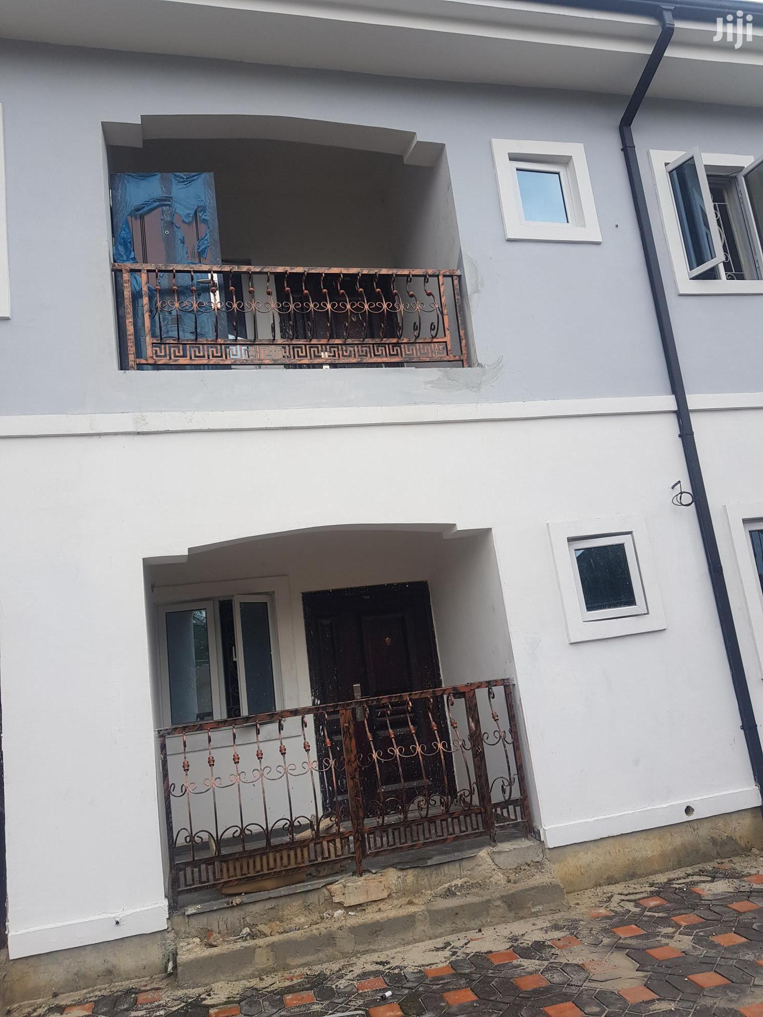 2bedroom Flat In Peter Odili Road | Land & Plots for Rent for sale in Port-Harcourt, Rivers State, Nigeria