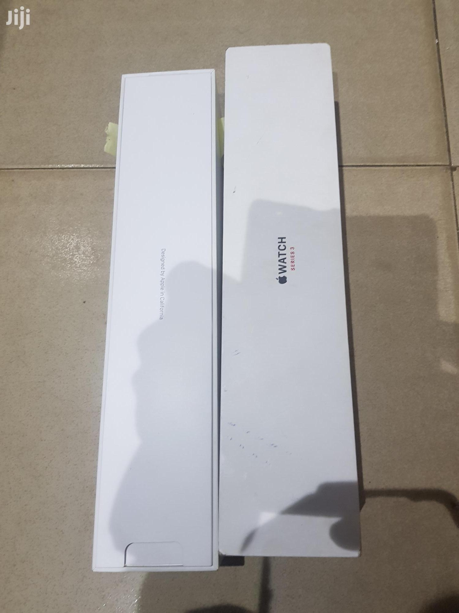 UK Used Apple Watch Series 3 42mm Gps + Cellular For Sale   Smart Watches & Trackers for sale in Ibadan, Oyo State, Nigeria