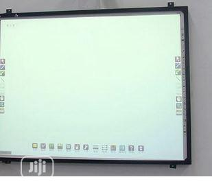 Digital Interactive White Board By Hiphen