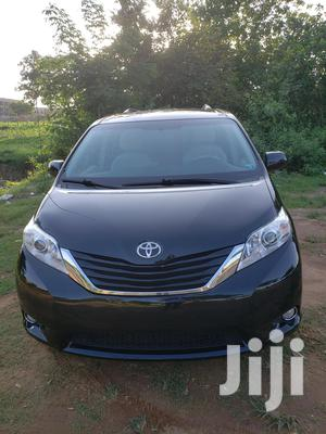 Toyota Sienna 2011 LE 7 Passenger Mobility Black   Cars for sale in Abuja (FCT) State, Galadimawa