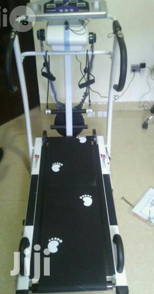 American Fitness Manual Treadmill With Massager and Twister   Sports Equipment for sale in Abuja (FCT) State, Wuse