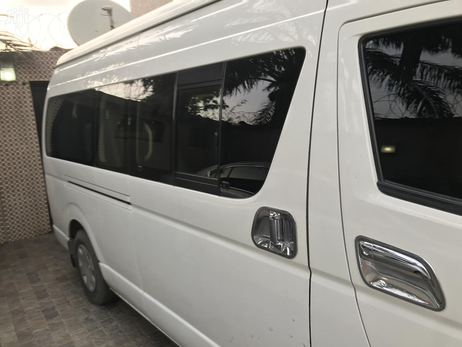 Toyota HiAce 2013 White   Buses & Microbuses for sale in Amuwo-Odofin, Lagos State, Nigeria