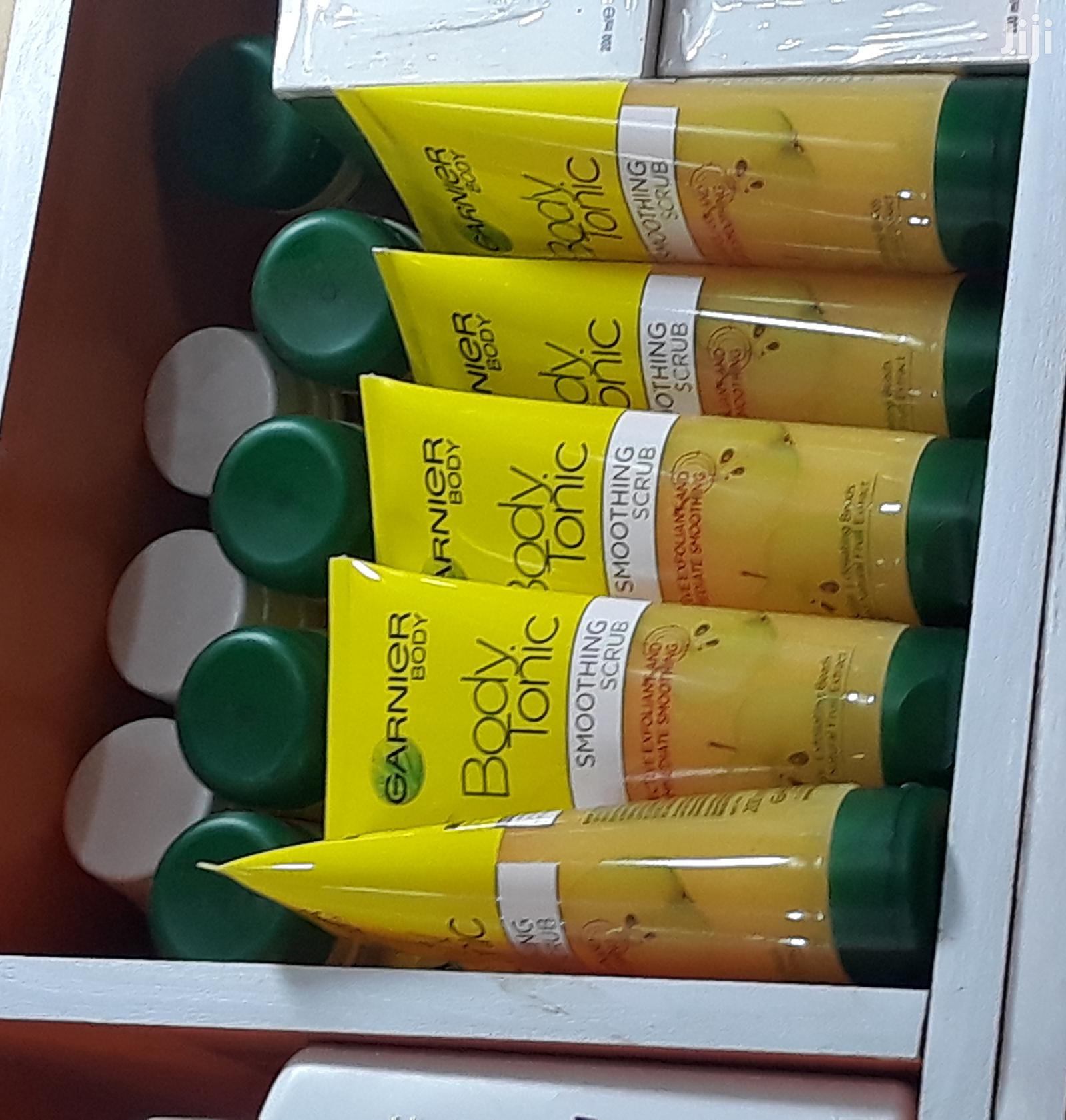 Garnier Body Tonic Sugar Scrub (200ml)