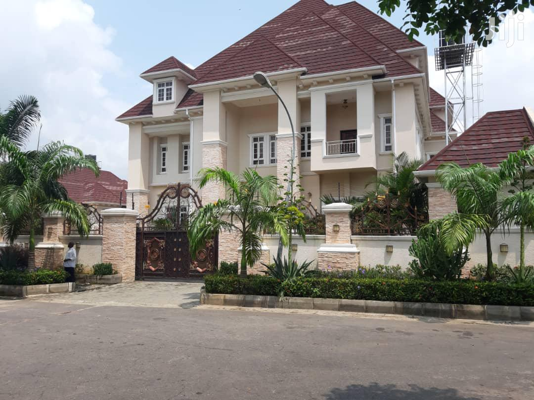 8 Bedroom Mansion With 2 Bedroom Guest Chalet For Sale In Abuja