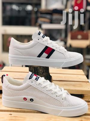 Tommy Hilfiger White Sneakers | Shoes for sale in Abuja (FCT) State, Wuse