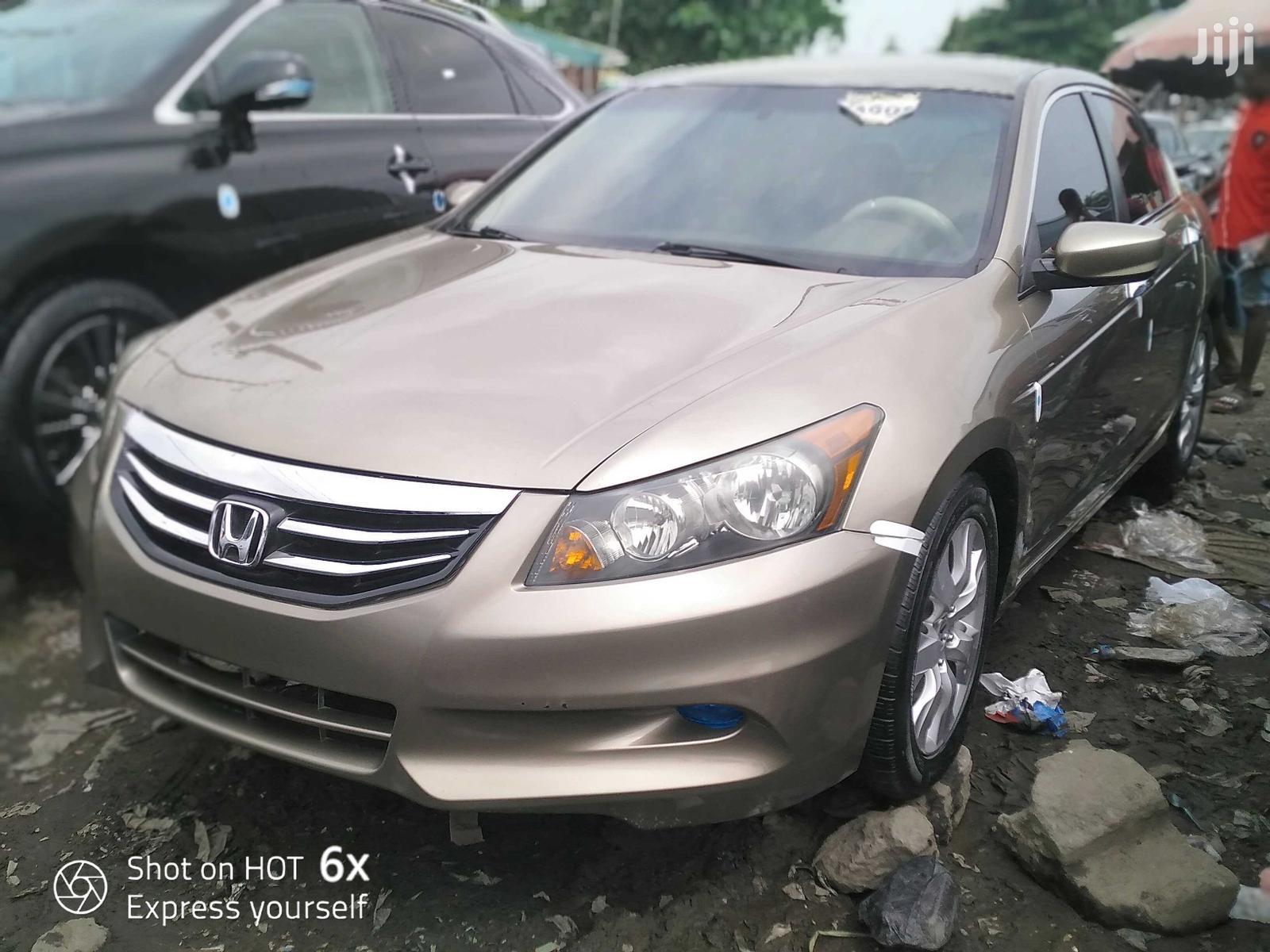 Archive: Honda Accord 2010 Gold